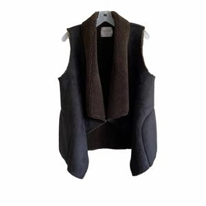 Velvet by Graham & Spencer Faux Suede Vest M